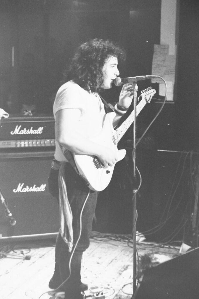 rawpower-guitar2